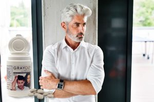 grayout integratore capelli bianchi